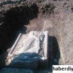 Batu Nisan Unik Yang Ditemukan di Hasankeyf Turki